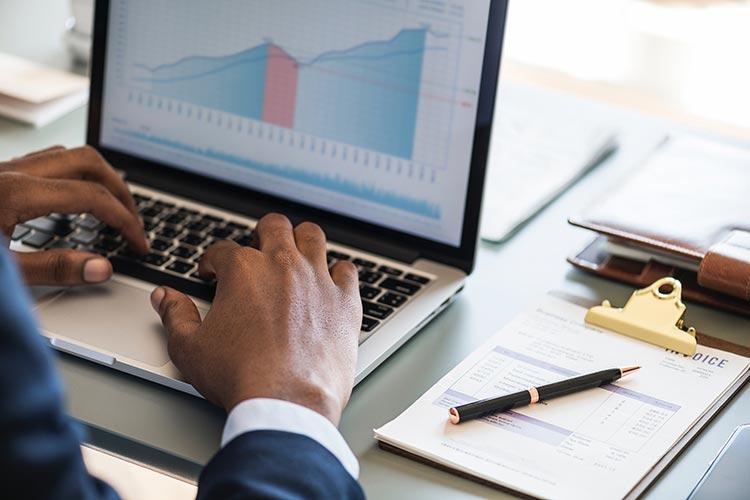 數據分析師需要掌握哪方面的電腦技能?